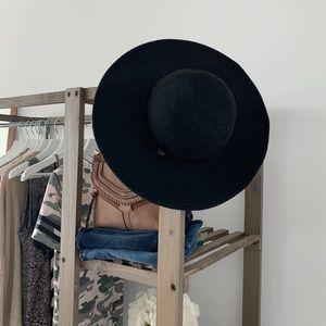 CK Calvin Klein black wool hat
